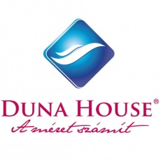 Duna House - Eleven Center