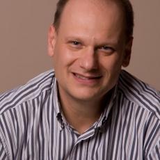 Dr. Mayer Szabolcs, Evidental Fogászati Központ