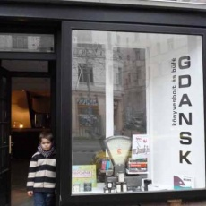 Gdansk Könyvesbolt és Büfé